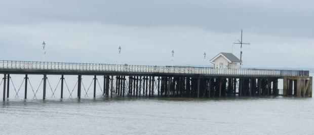 Pier banner